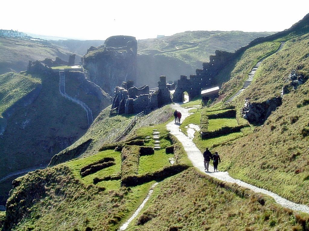 Castle_Tintagel