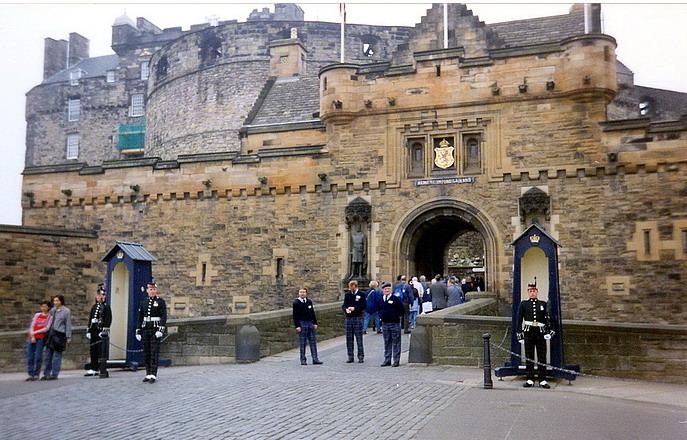 Il castello di Edimburgo5