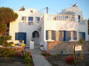 Studios Oceanis Bay,  Santorini2