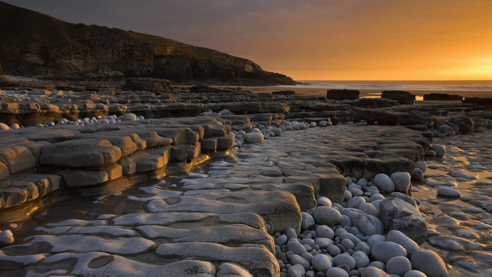 Dunraven_Bay_South_Glamorgan_Wales_United_Kingdom
