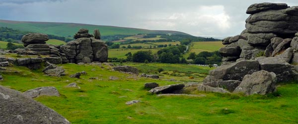 dartmoor-rock
